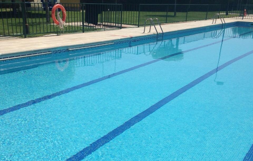 Normas de utilizaci n de la piscina de verano for Normas de piscina